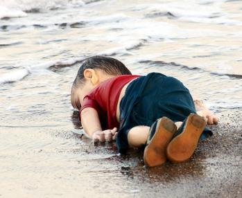 Image 2: Alan Kurdi
